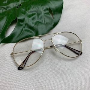 • Classic Tear Drop Aviator with Gold Frame •